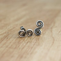 s-swirl-earrings-side